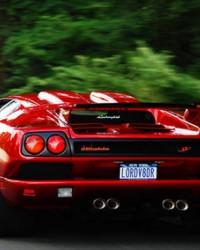 Bakmaya Doyamayacağınız 20 Klasik Otomobil!