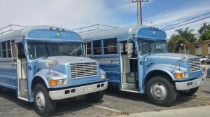 İki kafadar bakın bu otobüsü ne hale getirdi!